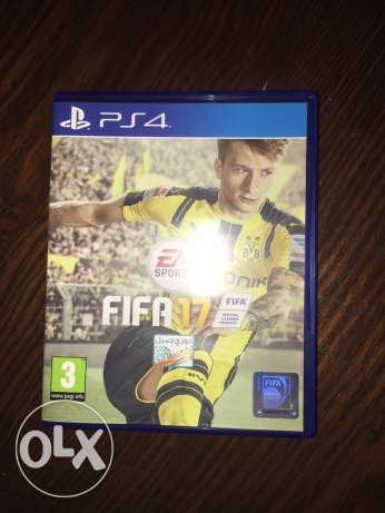 FIFA 17 PS4 Arabic used for 2 weeks الشيخ زايد -  1