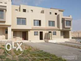 Townhouse located in 6 October for sale 380 m2, 3 bathrooms, 4 bedroom