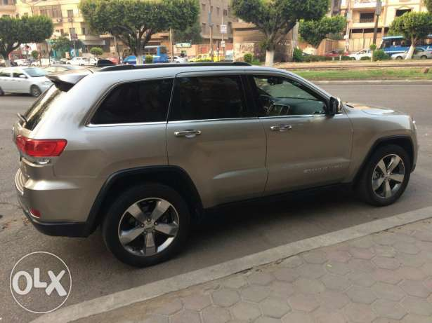 Grand Cherokee 2016 black 7000 km