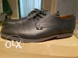 Eagle dark blue leather shoes