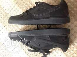 New Nike Air Force -Limited Edition- Black