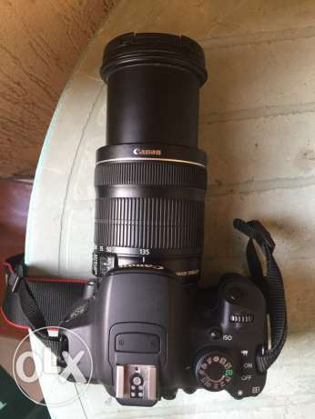Canon SLR 700D with lens 18/135