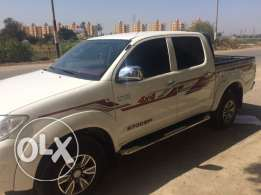 toyota hilux 4*4 for sale