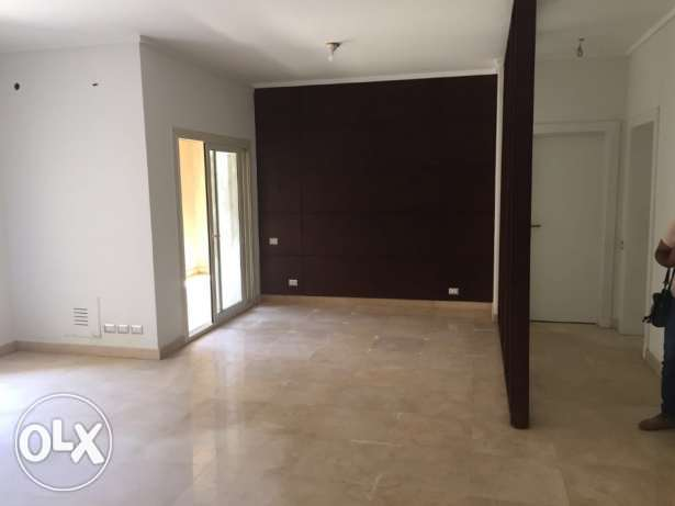 Apartment for rent in the Village garden view القاهرة الجديدة -  7
