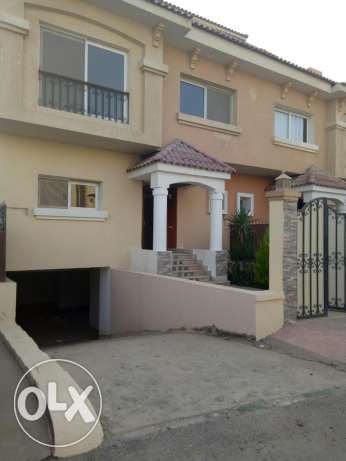 Town house in ktamya palms prime location