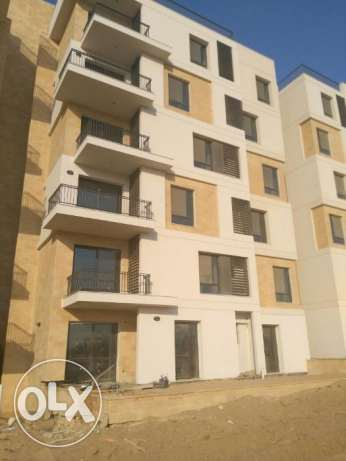 apartmaent for sale in East town sodic 152 sqm