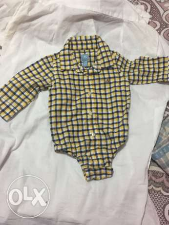 Baby gap shirts for baby boy 6-12 m