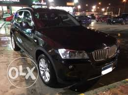 Black BMW X3 3000cc (2014)