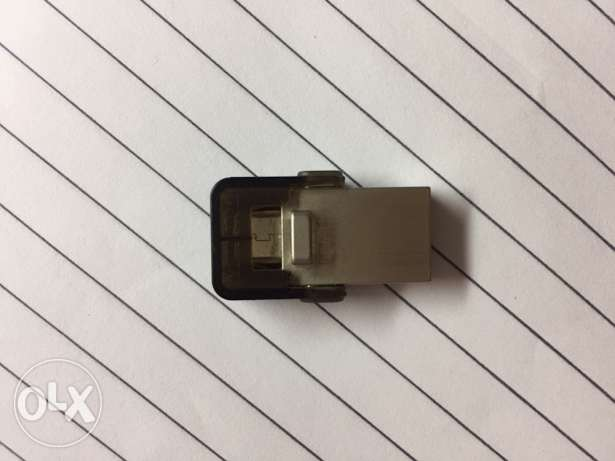 kingston flash drive 8 gb for pc and android phones