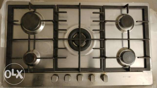 cast iron pan on glass cooktop