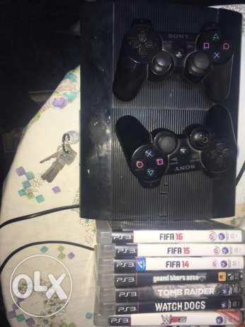 ps3 super slim + 7 game
