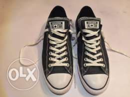 NEW Original Converse shoes- size 42.5 - حذاء كونفرس جديد أصلي مقاس