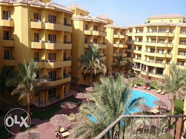 Pool view 2bed apartment for sale in British Resort Kawthar الغردقة -  7