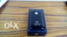 Apple iPhone 3Gs 32G Mobinil only