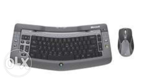 Microsoft Wireless Entertainment Desktop 7000 keyboard + mouse