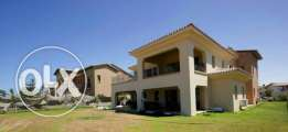 Standalone for sale in Marassi arezzo overlooking the golf course