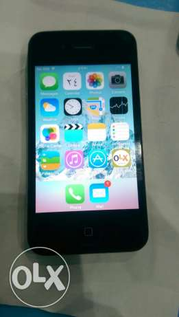iPhone 4 black with box 16 G