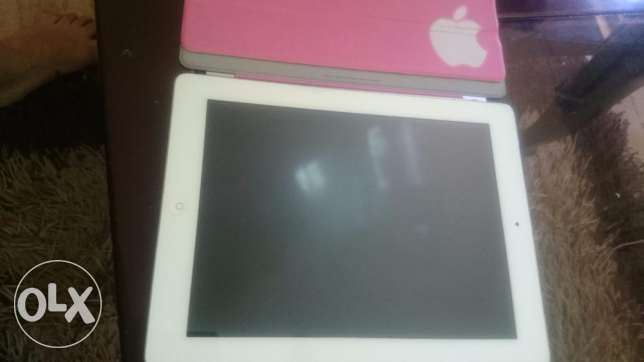 Ipad 2 64 GB + magnetic pink cover + orginal charger + original box