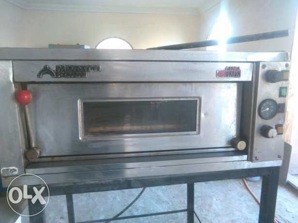 ITALIAANSE PIZZA oven for 6 pizza's