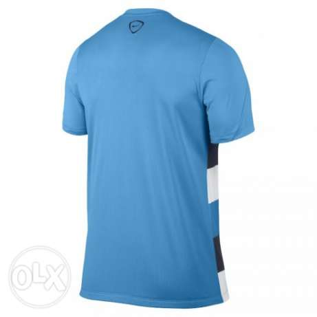 Nike man city football tshirt S القاهرة -  2