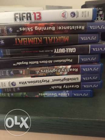 ps vita original bag and 9 games