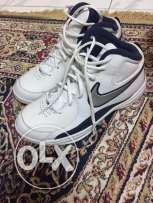 nike basketball shoes 100% new and original