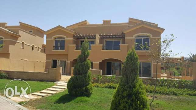 Twin house for sale in Dyar Park prime location 340 sqm