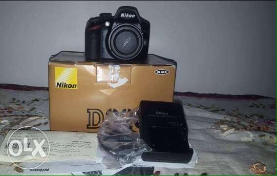 Nikon 5100 with lens 50mm and all ACCESSORIES