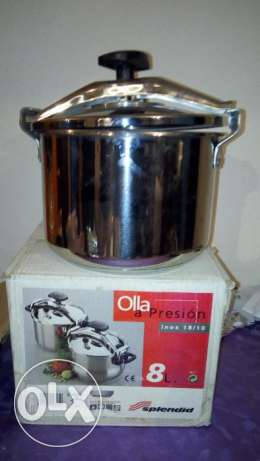 New Pressure cooking pot , 8 litre original made in spain Purchased