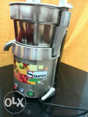 Santos fruit juicer