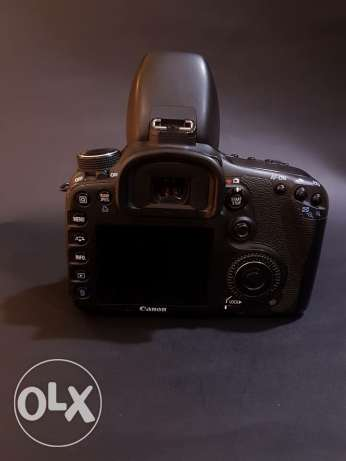 7D canon shutter 18k with betray grib with lens 18-135 with 70_200 F4