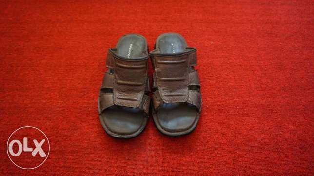 rockport sandals leather SIZE 10