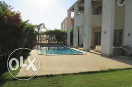Villa for rent in october