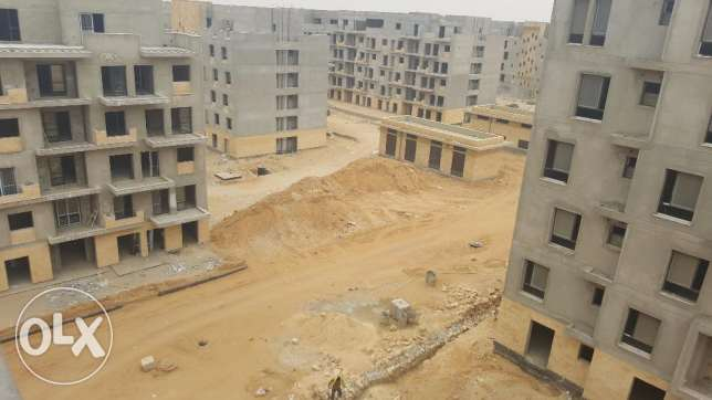 Apartment for sale in EAST TOWN SODIC 127 M2