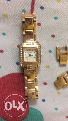 female watch guess