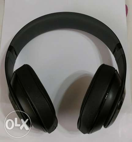 Beats studio wired headphones (ORIGINAL)