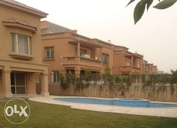 Twin house for sale at Bellagio القاهرة الجديدة -  4