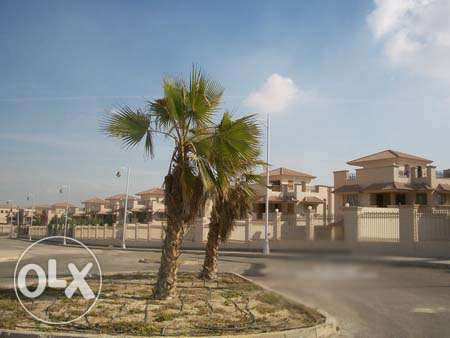 stand alone in Royal city elshekh zayed 330m