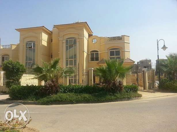 Twin house in Fountain park compound for sale القاهرة الجديدة -  3