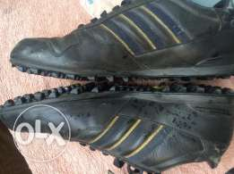 adidas made in veitnam shoes size 44 كوتشي اديداس