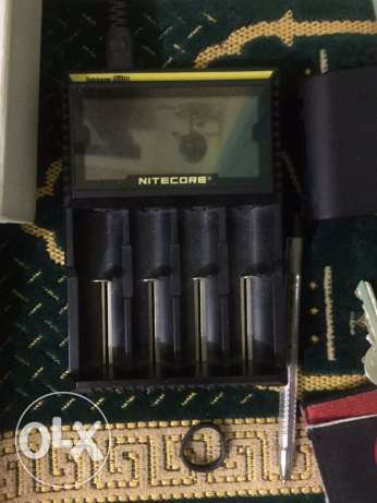 Nitecore: battery charger