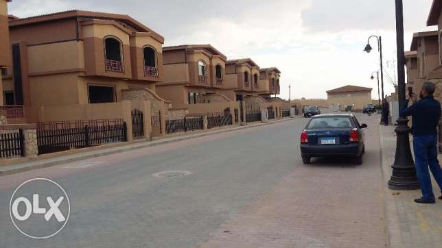 Twin House for sale Pyramids Waik – 6 of October 6 أكتوبر -  5