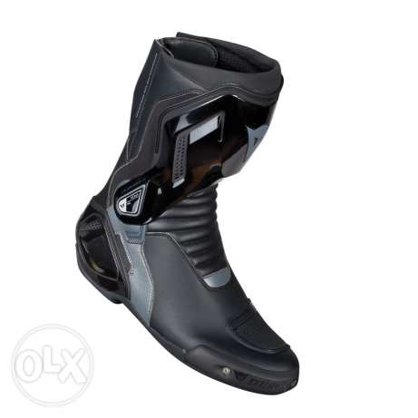 Dainese boot ( New ) safty