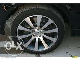 Range Rover 20 inch wheels with Michelin Tyre
