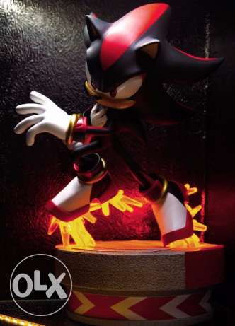 shadow the hedgehog statue exclusive(xbox,playstation,sonic)