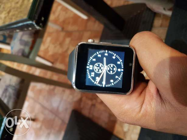 Smart watch .. used for less than 2 weeks