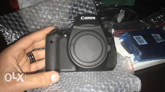 Canon 600d with lens 18:55 (new)