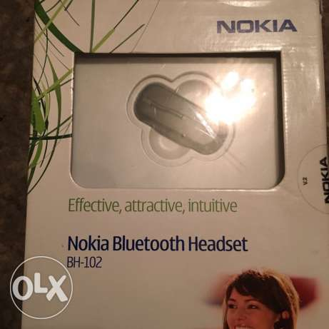 mobile Bluetooth earpiece