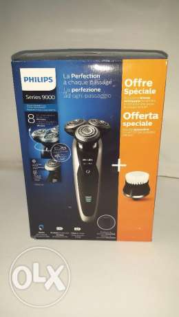 Philips S9090 / 44 Electric Shaver Series 9000 with precision trimmer