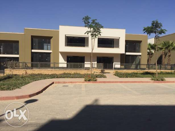townhouse for sale in Westown Beverly Hills الشيخ زايد -  4